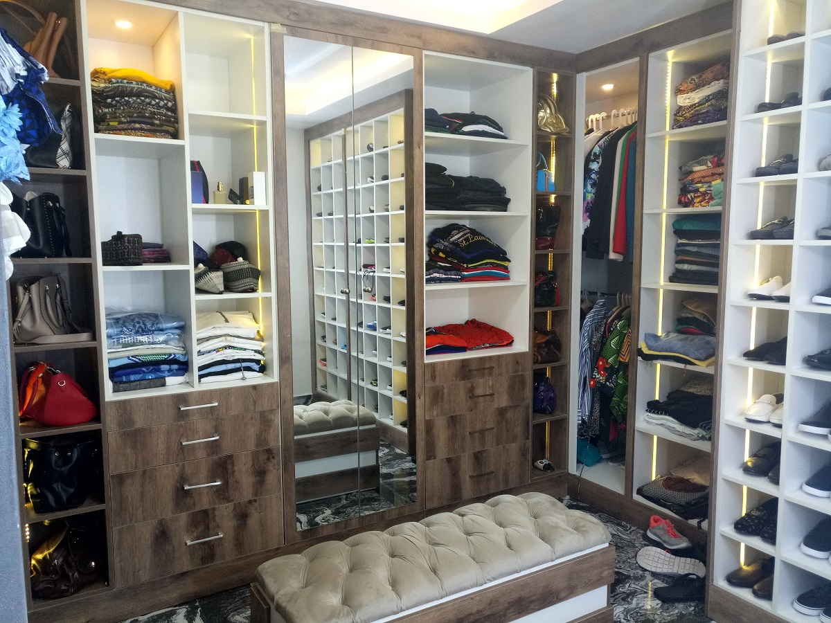 Luxury Walk Through Closet